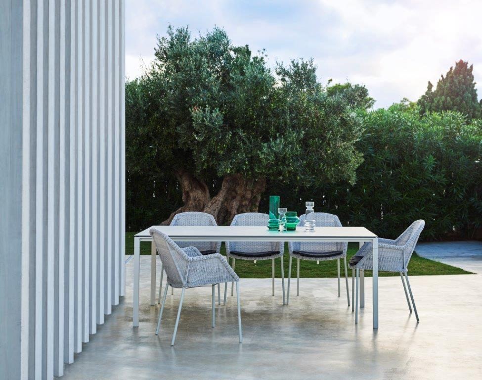 Cane-line Breeze Stühle _ Tisch Pure Dining