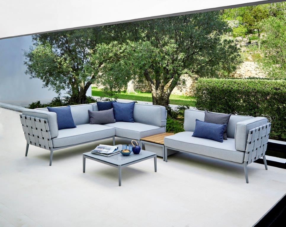Cane-line Conic-Couch mit Beistelltisch