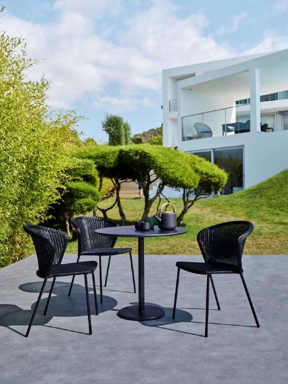 Cane-line Stühle Lean _ Café Tisch